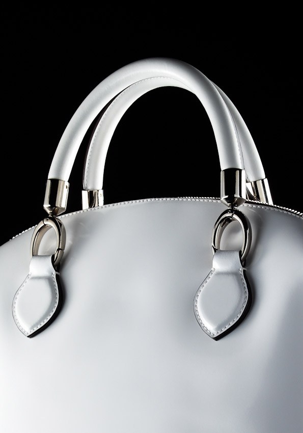 white bag, still life, close up detail, handles, David Parfitt, photography, handbag, women's accessories photography, hand bag photography,  fashion accessories photographer, still-life photography, David Parfitt, still-life, fashion accessories, still-life photographer, still-life photographer London, David Parfitt, advertising photographer
