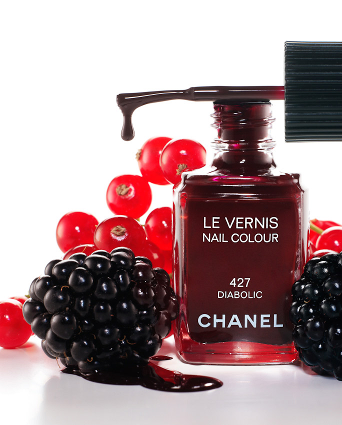 beauty, nail varnish, nail colour, Chanel, berry's, beauty product photographer, still-life photography, David Parfitt, still-life, nail polish photography, beauty product still life, still-life photographer, still-life photographer London, David Parfitt, advertising photographer