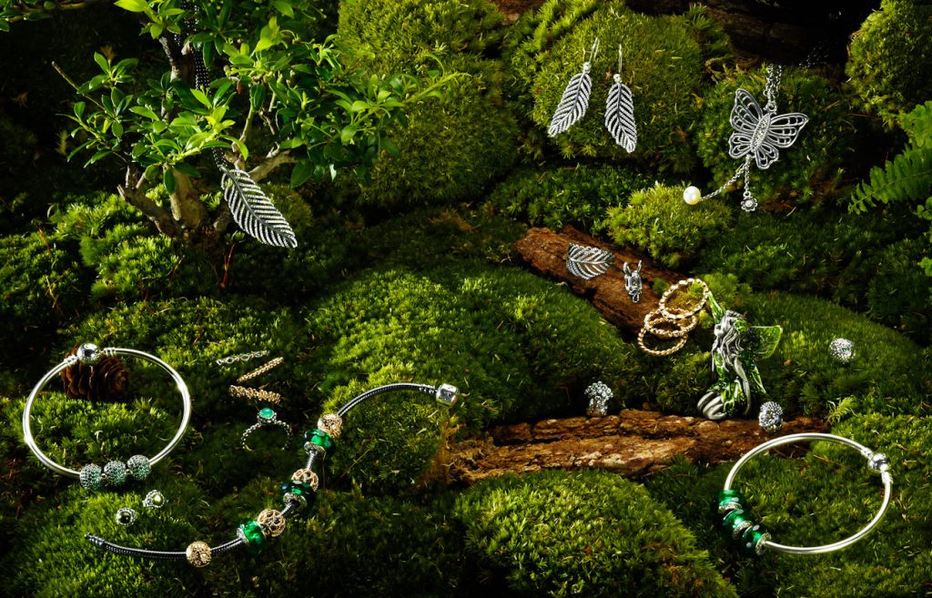 Tatler / Pandora, Pandora jewellery, still-life, garden, Pandora jewellery on moss, Tatler promotions, jewellery photographer jewellery photography, jewelry photographer, jewelry photography, still-life photographer, still-life photographer, still-life photographer London, David Parfitt