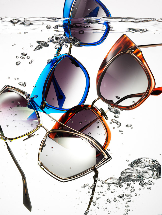 Sunglasses underwater, sunglasses in water with bubbles, sunglasses photography, fashion accessories, luxury fashion accessories, product photography, still-life, still-life photography, still-life photographer, still-life photographer London, David Parfitt