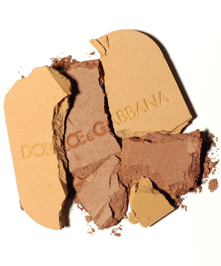 Beauty, make up, crushed dolce and gabbana powders, still life by David Parfitt, beauty, beauty product photography, beauty still life, beauty product photographer, make up photography, powder photography, still-life photographer, still-life photographer London, David Parfitt, advertising photographer